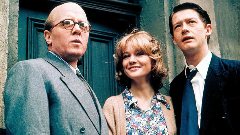 Christie (Richard Attenborough), Beryl Evans (Judy Gleeson) and Timothy Evans (John Hurt) in a scene from the 1971 film, 10 Rillington Place