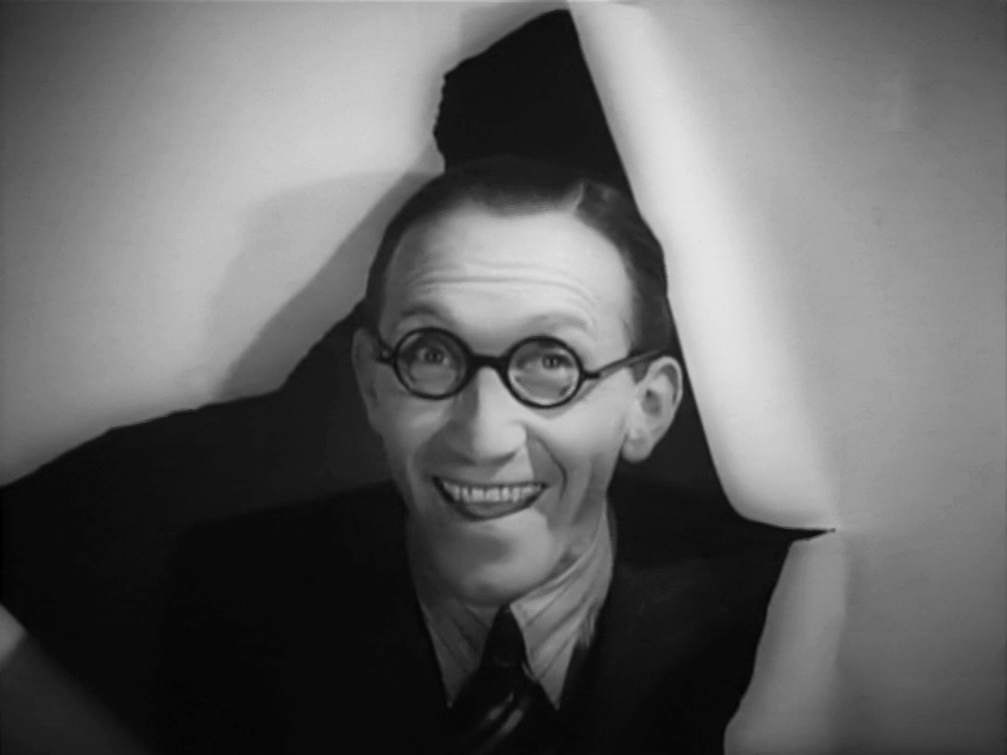 Main title from Band Waggon (1940) (4) featuring Arthur Askey