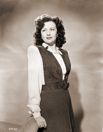 Margaret Lockwood (as Bedelia Carrington) in a photograph from Bedelia (1946) (28)