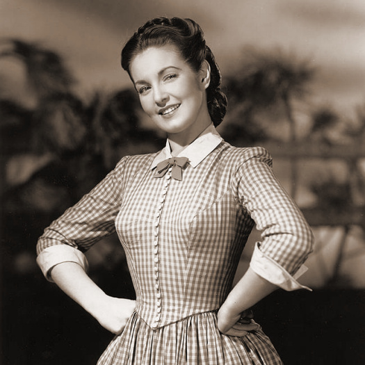 Despite the pros and cons of loans to England that are coming out of Washington, Hollywood isn't hesitating to deal with England in exchanging motion pictures and players on a lend-lease basis.  Here, for instance, is Patricia Roc, British beauty who came to the United States to take a role in Universal's Technicolor picture, 'Canyon Passage', which Walter Wanger is producing.