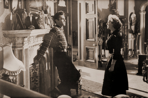 Dirk Bogarde (as Edward Bare) and Kay Walsh (as Charlotte Young) in a photograph from Cast a Dark Shadow (1955) (23)