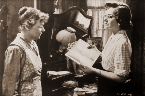 Kathleen Harrison (as Emmie) and Margaret Lockwood (as Freda Jeffries) in a photograph from Cast a Dark Shadow (1955) (30)