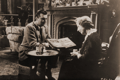 Dirk Bogarde (as Edward Bare) and Mona Washbourne (as Monica Bare) in a photograph from Cast a Dark Shadow (1955) (32)
