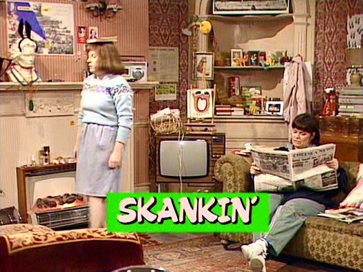 Screenshot from the 'Skankin'' (1985) episode of Girls on Top (1985-86) (6)