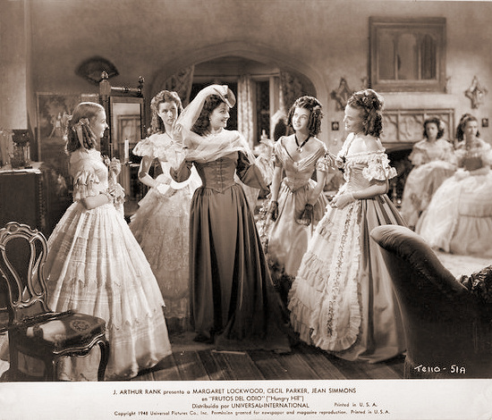 Margaret Lockwood (as Fanny Rosa) in a Spanish photograph from Hungry Hill (1947) (21)