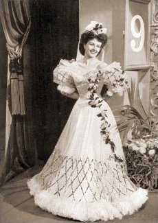 Photograph from I'll Be Your Sweetheart (1945) (1)