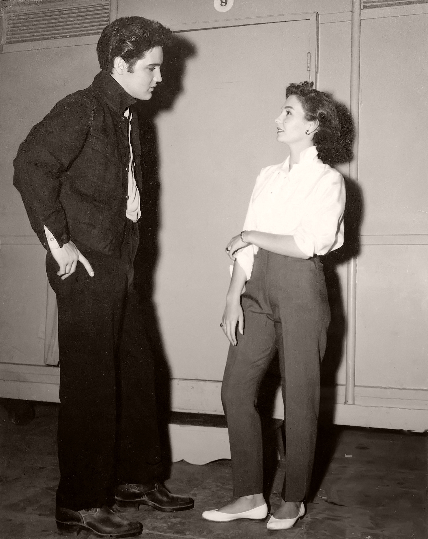 Elvis Presley and Jean Simmons at Metro-Goldwyn-Mayer's studios in Culver City, 1957.  Presley is filming Jailhouse Rock and Simmons stars in This Could be the Night