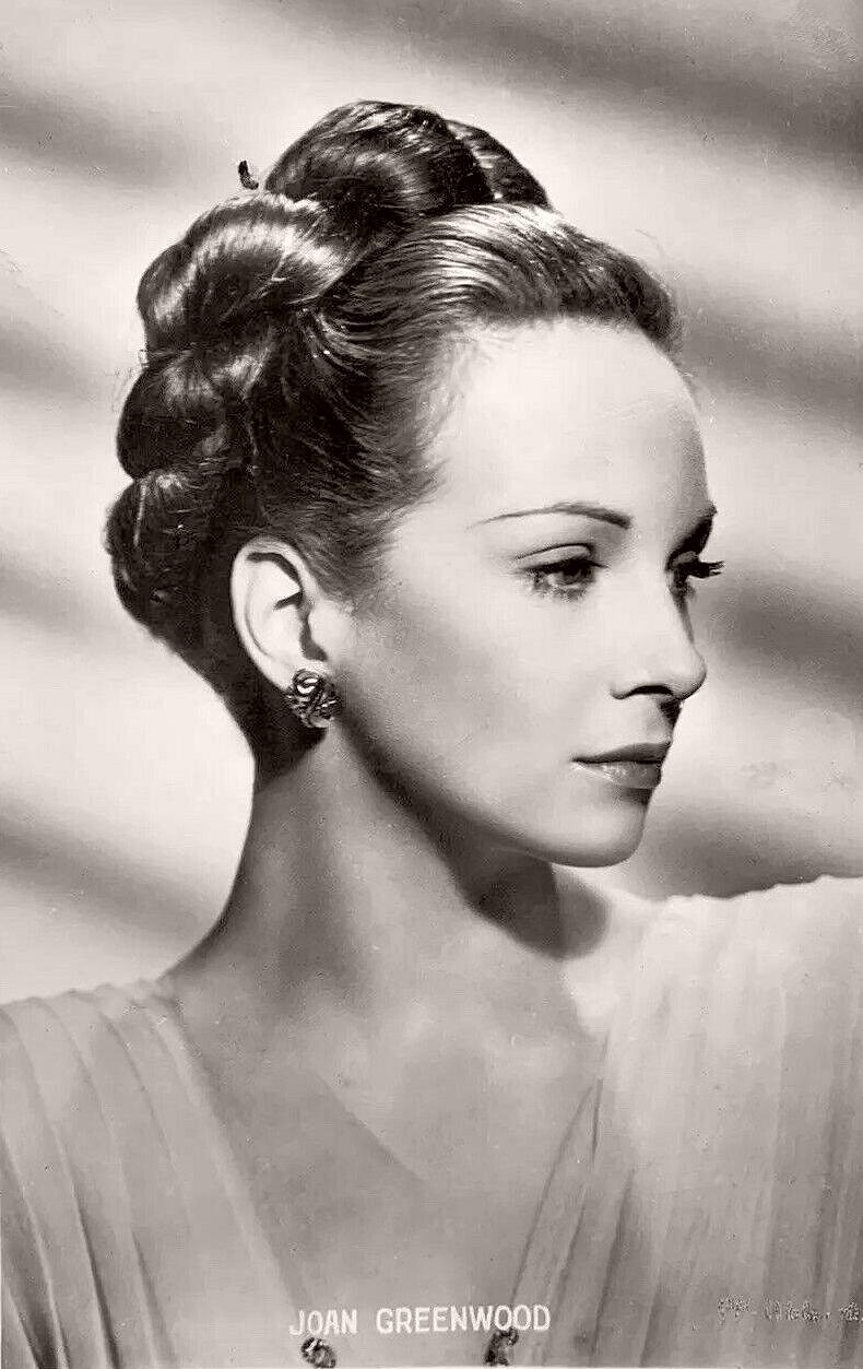 Joan Greenwood voice