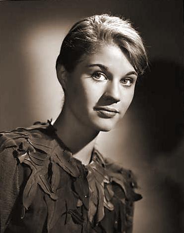 Photograph of Julia Lockwood (4)