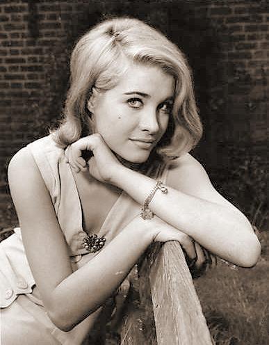 Photograph of Julia Lockwood (5)