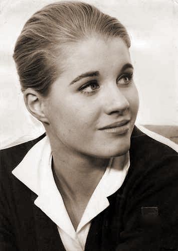 Photograph of Julia Lockwood (6)