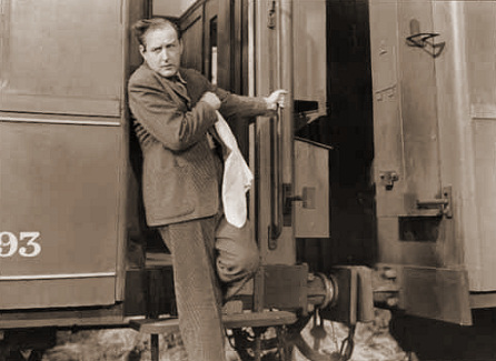 Cecil Parker (as Eric Todhunter) in a photograph from The Lady Vanishes (1938) (25)