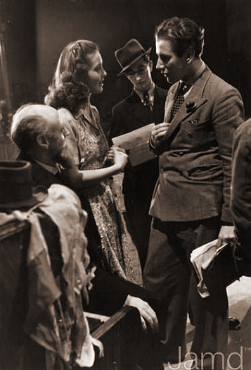 Photograph from Let the People Sing (1942) (1)