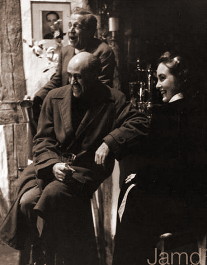Photograph from Let the People Sing (1942) (3)