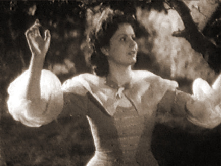 Margaret Lockwood (as Annie Ridd) in a screenshot from Lorna Doone (1934) (1)