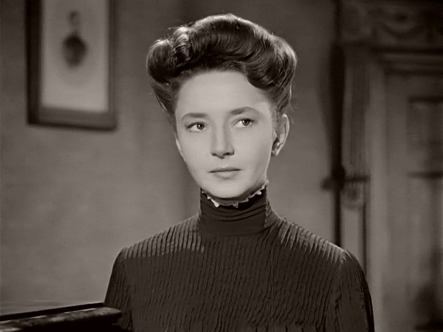 A Man About the House (1947) photograph featuring Dulcie Gray as Ellen Isit (1)