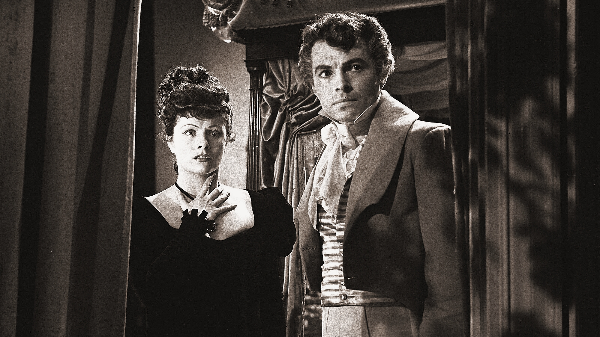 Hesther Shaw (Margaret Lockwood) and the Marquis of Rohan (James Mason) in a scene from Leslie Arliss's 1943 film, The Man in Grey