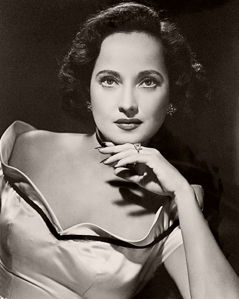 Publicity photo featuring the elegant Anglo-Indian actress, Merle Oberon