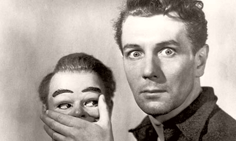 Maxwell Frere (Michael Redgrave) with the ventriloquist dummy in Dead of Night (1945)