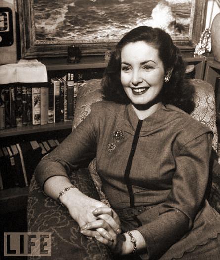 Photograph of Patricia Roc (13)