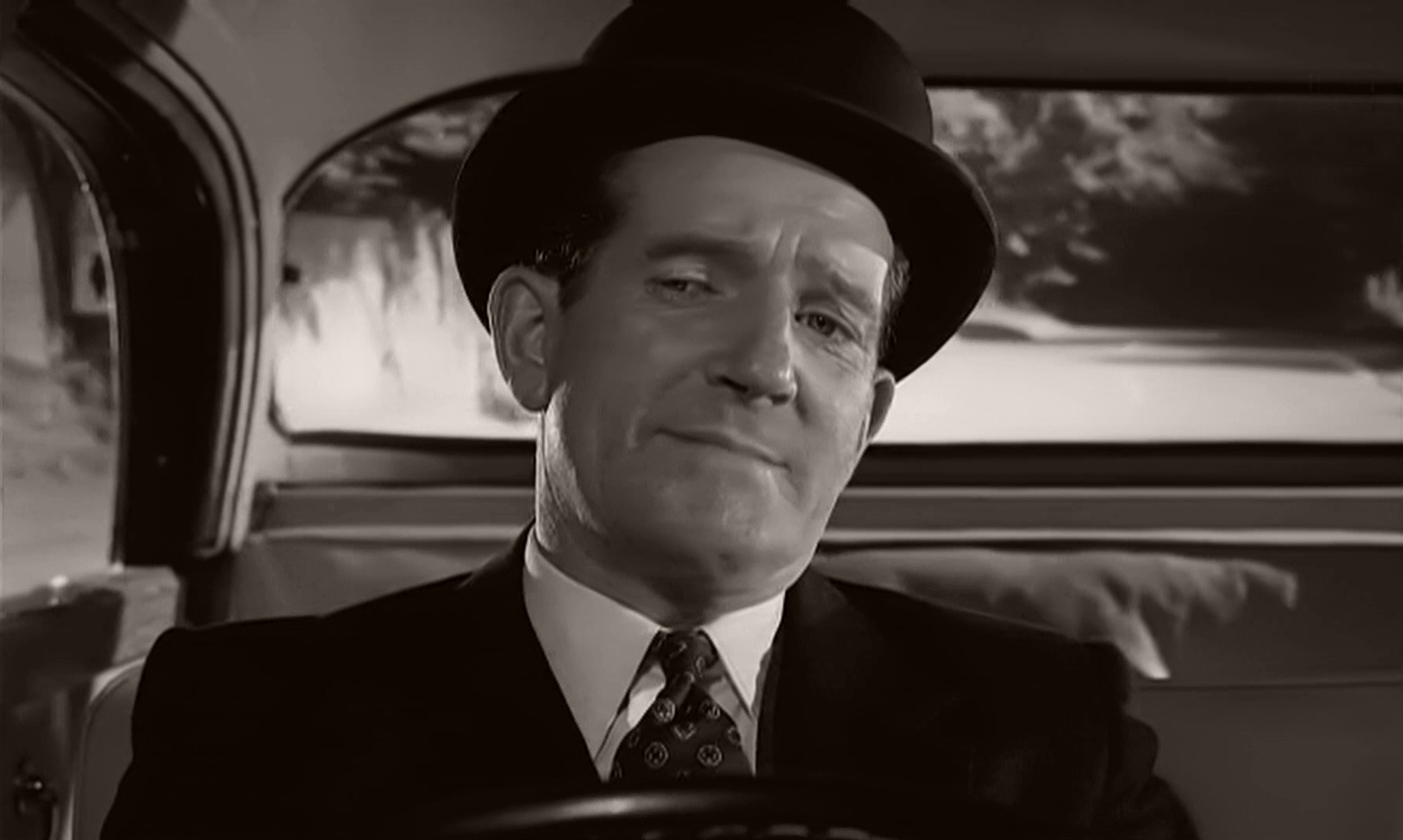 Screenshot from Please Turn Over (1959) (2) featuring Ted Ray
