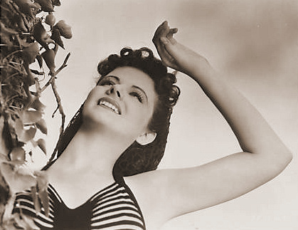 Gains Acting Plum – Winning candidate in an exhaustive series of screen tests, Margaret Lockwood, brunette English actress with but one Hollywood picture to her credit previously, is the romantic female lead in the cast of 'Rulers of the Sea', Paramount's new Frank Lloyd production.