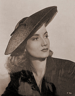 Zena Marshall (as Suzanne) in a photograph from Sleeping Car to Trieste (1948) (2)