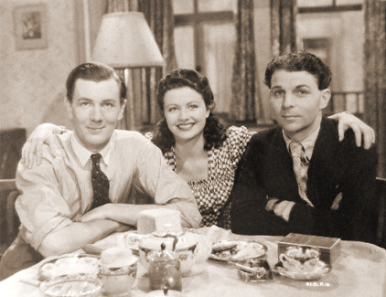 Michael Redgrave (as Davey Fenwick), Margaret Lockwood (as Jenny Sunley) and Emlyn Williams (as Joe Gowlan) in a photograph from The Stars Look Down (1940) (9)
