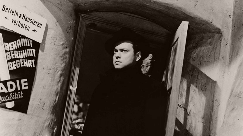 Photograph from The Third Man (1949) featuring Orson Welles