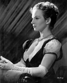 Joan Greenwood (as Lady Caroline Lamb) in a photograph from The Bad Lord Byron (1948) (4)