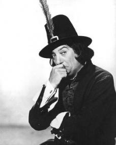 Sid Field (as Sidcup Buttermeadow) in a photograph from Cardboard Cavalier (1949) (22)