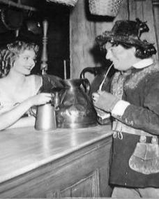 Margaret Lockwood (as Nell Gwynne) and Sid Field (as Sidcup Buttermeadow) in a photograph from Cardboard Cavalier (1949) (4)