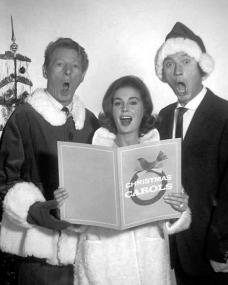 Jean Simmons and Laurence Harvey are guests of Danny Kaye on his Christmas TV special of 1965