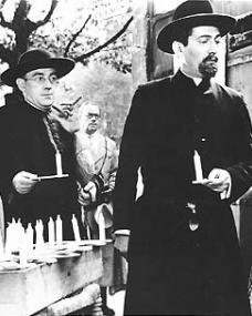 Alec Guinness (as Father Brown) in a photograph from Father Brown (1954) (11)