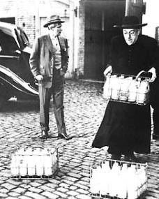 Alec Guinness (as Father Brown) in a photograph from Father Brown (1954) (20)