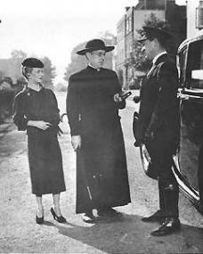 Alec Guinness (as Father Brown) in a photograph from Father Brown (1954) (21)