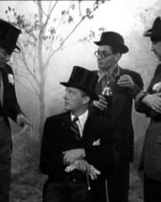 Screenshot from Give us the Moon (1944) (3)