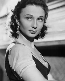 Publicity photo of British actress Googie Withers