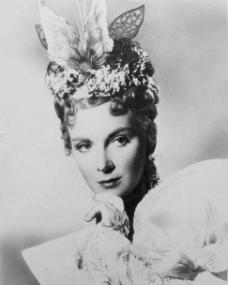 Joan Greenwood (as Gwendolyn Fairfax) in a photograph from The Importance of Being Earnest (1952) (6)