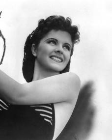 Lovely Margaret Lockwood, brunette English actress with but one Hollywood picture to her credit previously, plays the feminine lead opposite Douglas Fairbanks Jnr. in Paramount's new Frank Lloyd production, Rulers of the Seas.    Third featured player is Will Fyffe, noted Scottish character actor.