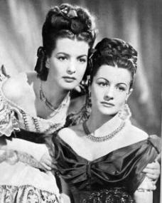 Patricia Roc (as Dilys) and Margaret Lockwood (as Jassy Woodroffe) in a photograph from Jassy (1947) (11)