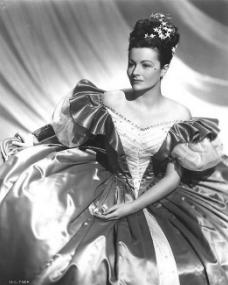 Margaret Lockwood (as Jassy Woodroffe) in a photograph from Jassy (1947) (26)