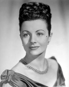 Margaret Lockwood (as Jassy Woodroffe) in a photograph from Jassy (1947) (32)