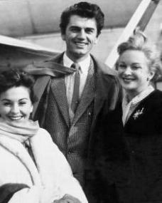 Joan Greenwood and Jean Simmons in front of a plane at London Airport