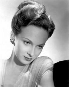 Photograph of Joan Greenwood (13)