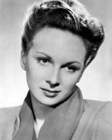 Photograph of Joan Greenwood (16)