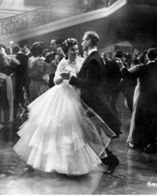 Photograph from Madness of the Heart (1949) (6)