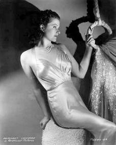 Margaret Lockwood in a slinky formal dress in a 1930s publicity photo for Paramount Pictures (6)