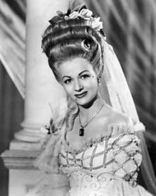Lucy (Margaret Lockwood) in the John Cofield production of The White Unicorn, from 1947