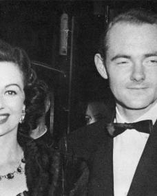 Margaret Lockwood arrives for the premiere of Korda's An Ideal Husband with Keith Dobson in 1947
